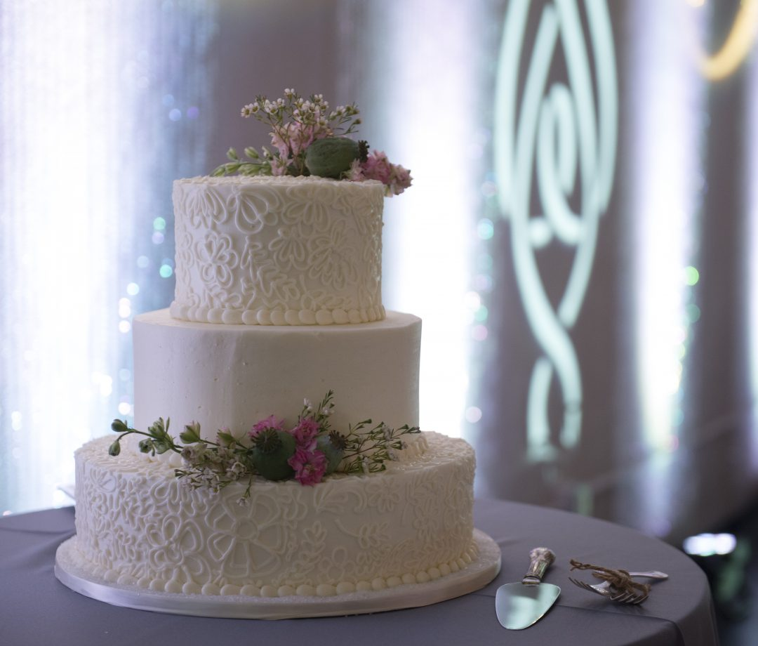 AZ Sound Pro Wedding Services Cake